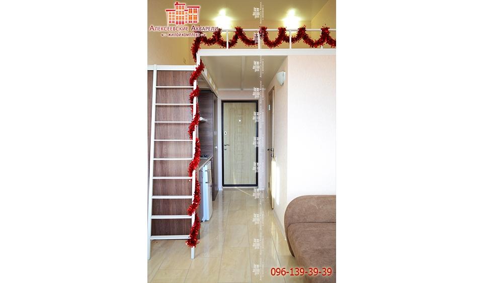 Лестница в двухуровневой квартире